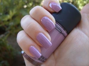 gel-nail-sheen-skin-glass-light-purple-art-design-smioss-520601